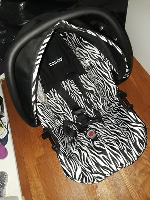 Costco Baby Car Seat for Sale in Detroit, MI