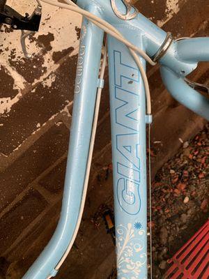 Bike Giant Boulder for Sale in Fresno, CA