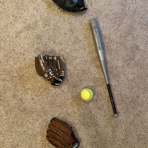 Softball Equipment for Sale in Presidio, TX