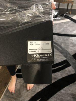 Klipsch KSW 10 subwoofer 225 watts for Sale in Chicago, IL