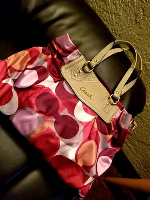 Beautiful Authentic Coach Purse w/ Matching Coach Wallet for Sale in Hollywood, FL