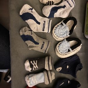 Newborn Booties/socks for Sale in Independence, KS