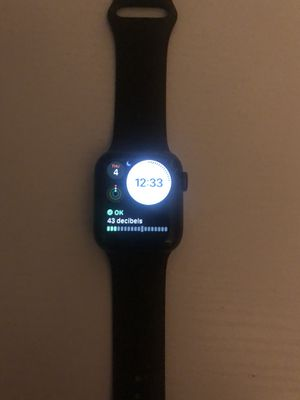 Apple Watch series 4 gps+cellular for Sale in Cleveland, OH