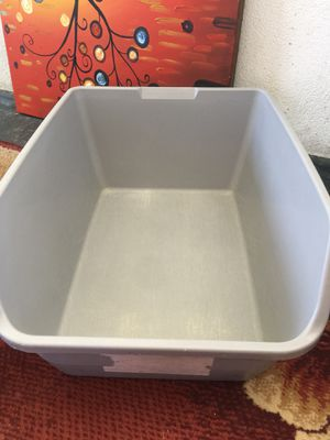 Extra large litter box for Sale in Los Angeles, CA
