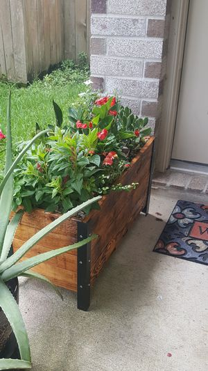 Plant box for Sale in Atascocita, TX