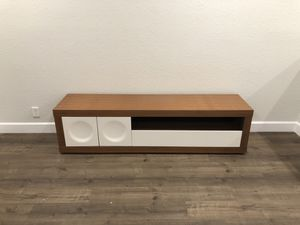 Modern tv stand with storage for Sale in Boynton Beach, FL