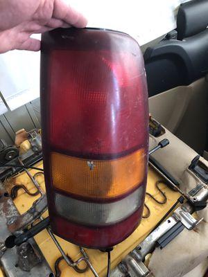 99-04 Silverado, suburban, Tahoe, Yukon, passenger tail light for Sale in Dallas, TX
