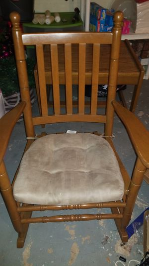 Rocking chair for Sale in Danville, PA