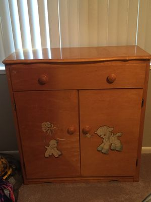 Baby dresser for Sale in Germantown, MD