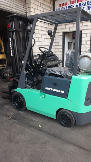 Mitsubishi forklift for Sale in Duarte, CA