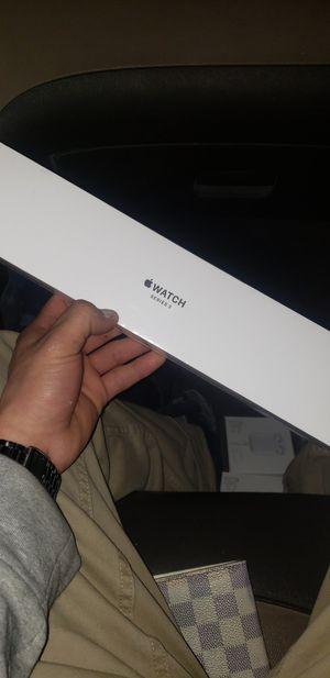 apple watch GPS series 3 for Sale in Los Angeles, CA
