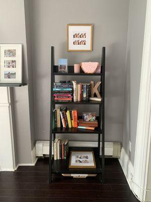 Book shelf for Sale in Jersey City, NJ