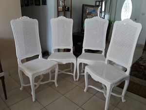 Antique dinning chairs,hand carved ,with cushions for Sale in Pompano Beach, FL