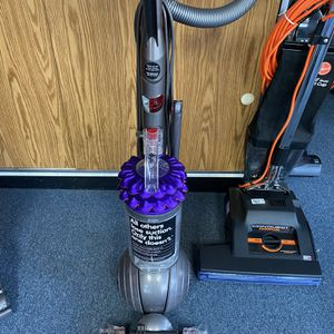 Dyson for Sale in Tracy, CA