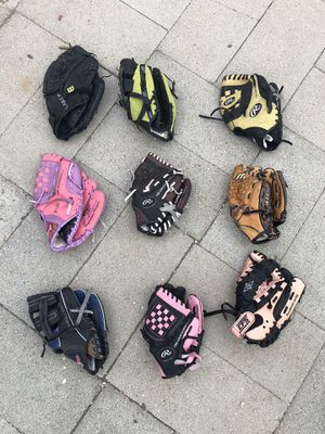 Tee ball and youth baseball mitts for Sale in Los Angeles, CA