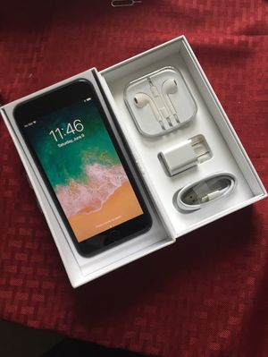 """iPhone 7 Plus ,,Factory UNLOCKED Excellent CONDITION """"aS liKE nEW"""" for Sale in Fort Belvoir, VA"""