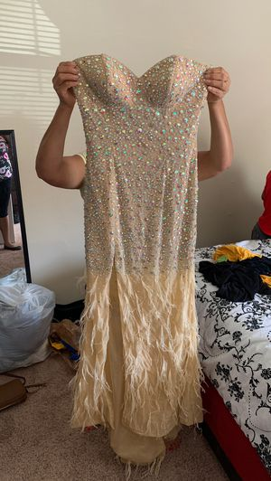 Size 4 prom dress 175 for Sale in Nashville, TN