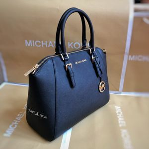 W/RECEIPT -2 Left BRAND NEW - MICHAEL KORS CIARA BLACK LARGE CROSSBODY MESSENGER HAND BAG SATCHEL RETAIL $428 for Sale in Northville, MI
