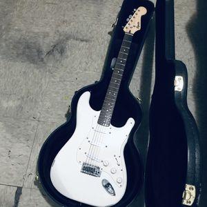 White Fender Guitar,Guitar Case,Amp for Sale in Fort Myers, FL