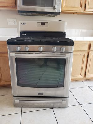 Kitchen appliances oven, microwave & dishwasher for Sale in Moreno Valley, CA
