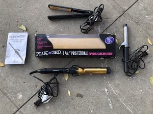 Bed Head Curling Iron & Hair Straightener for Sale in Fresno, CA