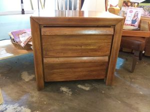 Wood night stand for Sale in Pinellas Park, FL