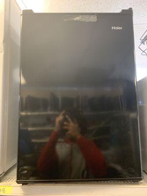 Mini fridge for Sale in Hampton, GA