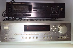 JVC n ONKYO vintage integrated amplifiers for Sale in New York, NY