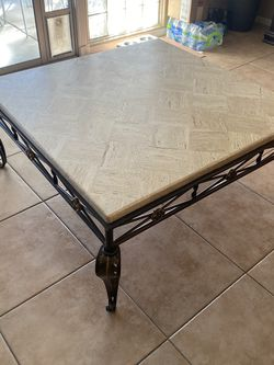 Coffee Table for Sale in Henderson,  NV
