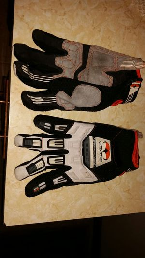 Motorbike gloves for Sale in Barrington, RI
