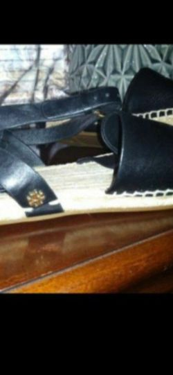 Tory Burch Sandal for Sale in Silver Spring,  MD