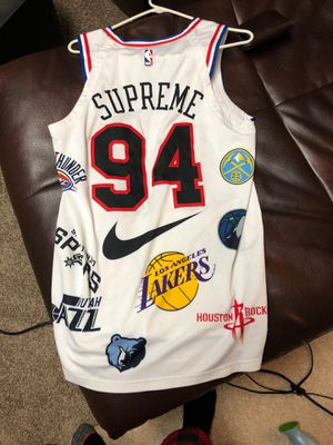 Supreme Nike jersey size medium lowest I can go is 130 for Sale in Wyandotte, MI