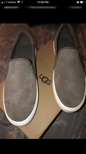 UGG Women Shoes for Sale in Burbank, CA