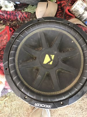 Kicker 12 comp for Sale in Apple Valley, CA