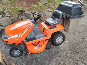 Kubota t1400. Riding lawn mower for Sale in Everett, WA