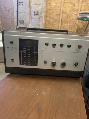 Vintage Sony 8FS-40W AM FM Stereo Radio Receiver 28 Transistor 17 Diode for Sale in Bellingham, MA