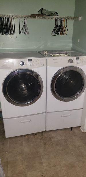 Frigidaire Washer & Dryer for Sale in Rockvale, TN