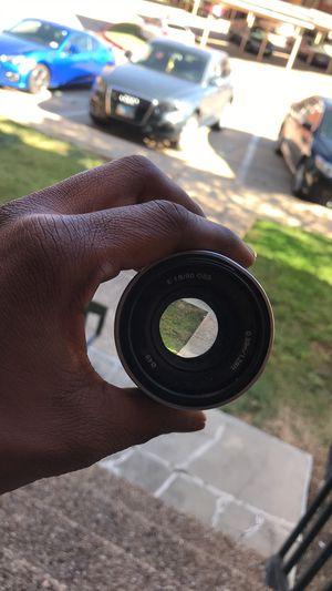 Sony SEL50F18 Lens for Sony E-Mount - 50mm - F/1.8 - Silver for Sale in Irving, TX