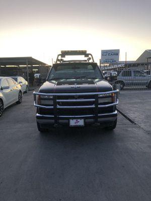 2009 Chevy Silverado towing truck for Sale in Phoenix, AZ