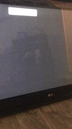 Flat Screen TV And Mount for Sale in Denton,  TX