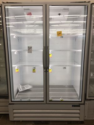 Masterbilt 2 dr freezer for Sale in Montgomery, AL