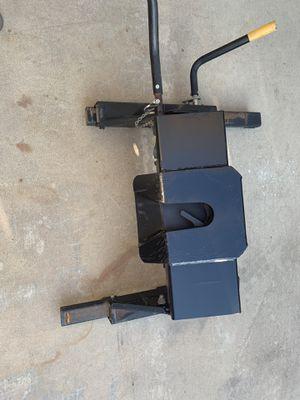 24k husky fifth wheel slider hitch for Sale in Visalia, CA
