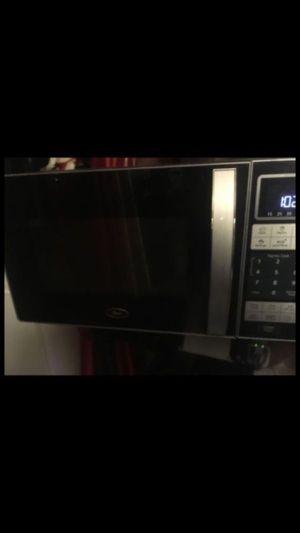 Microwave & Crock-Pot® 4.5-Quart Lift & Serve Slow Cooker, Programmable, Black for Sale in Tamarac, FL