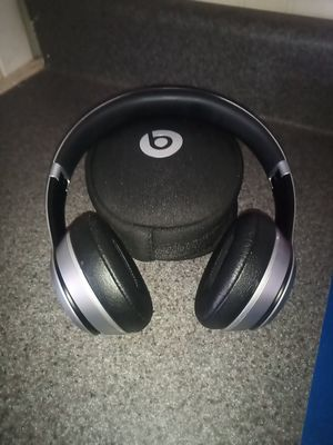 Beats Solo Wireless for Sale in Hesperia, CA