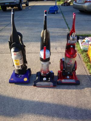 Bissell and Hoover bagless vacuums. Your choice 20.00 each for Sale in Lorain, OH
