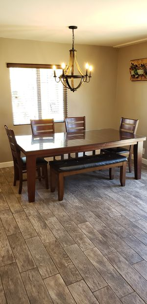 Wood dinning table for Sale in Los Angeles, CA