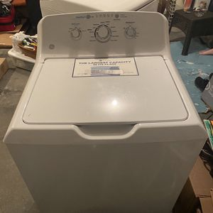 Samsung Washer And Dryer Set for Sale in Mount Wolf, PA
