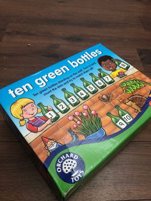 Ten green bottles - recycling puzzle game - by orchard toys - teaches numbers, matching for Sale in Buckeye, AZ