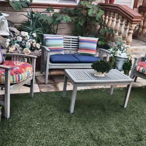 3 PIECES WOOD SOFA PATIO SET WITH CUSHIONS ECXELLENT CONDITION for Sale in Spring Valley, CA