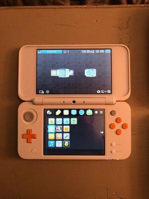 Nintendo 2DS XL White/Orange for Sale in Victoria, TX